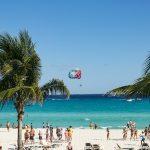 México busca reabrir pronto su industria turística que da empleo a 11 millones de personas